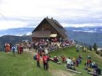 Planinsko društvo Jesenice v sodelovanju s Turističnim društvom Golica iz Planine pod Golico vabi vsa planinska društva na srečanje Golica na Golici